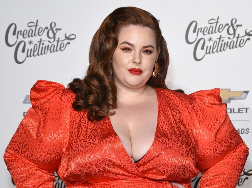 Tess Holliday Red photo