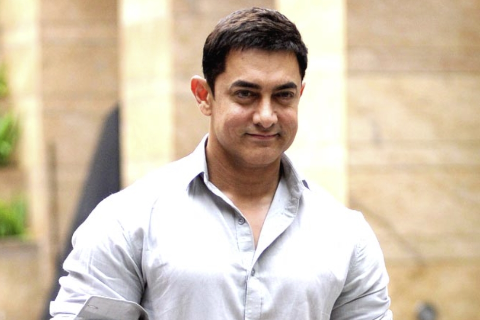 Aamir Khan Smail picture